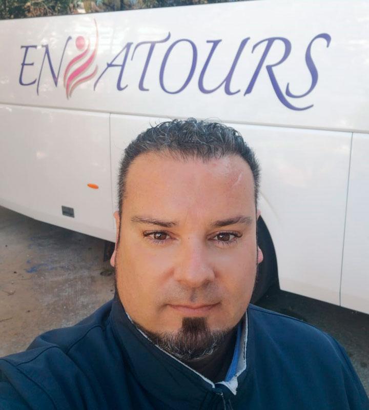 Conductor Autocares Ensatours